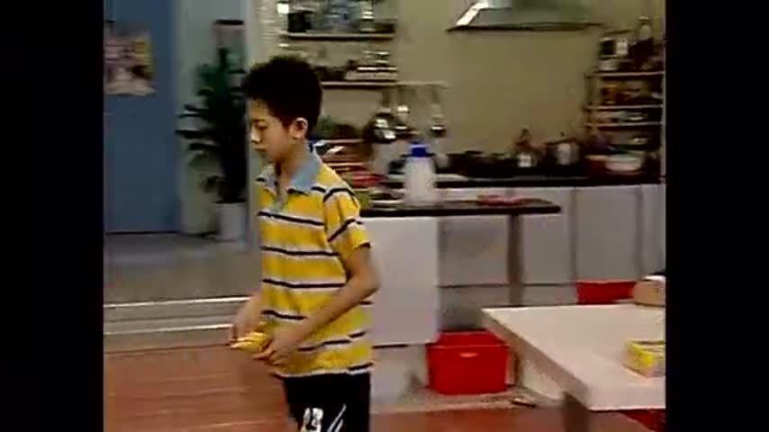 家有儿女:刘星把校长气的血压都高了,刘梅大发雷霆,小雪帮忙