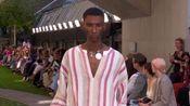 罗兰·穆雷擅长时装精致裁剪体现女性优雅新春伦敦发布会06