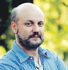 胡安·何塞·坎帕内利亚