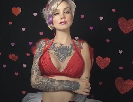 抖奶女模Sara X电胸舞演绎《致爱丽丝》献情人节