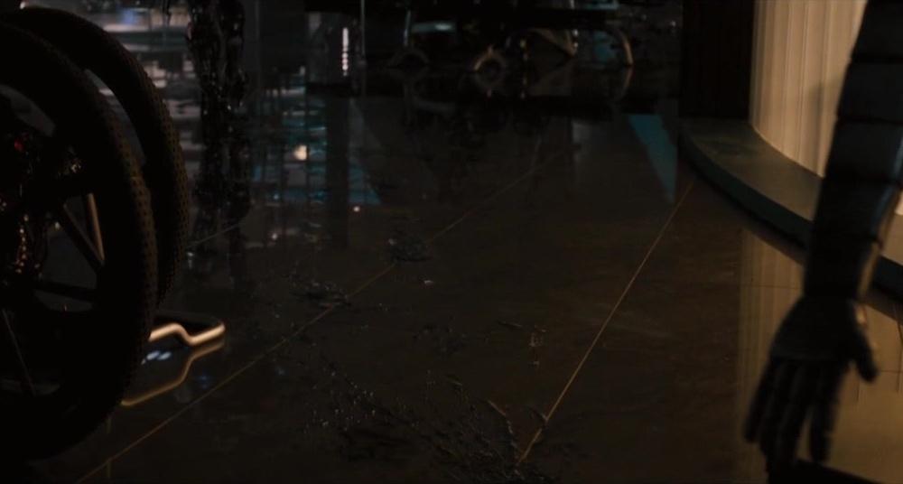 《复仇者联盟2》托尼·史塔克的机器人造反了