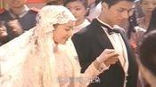 沙宝亮用低沉的嗓音献唱了一首《金粉世家》主题曲《暗香》
