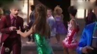 【猴姆独家】Ariana Grande首演全新音乐电视电影《发胶》片段!