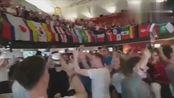 英格兰61横扫巴拿马,英格兰球迷又唱又跳庆祝,这才是快乐足球