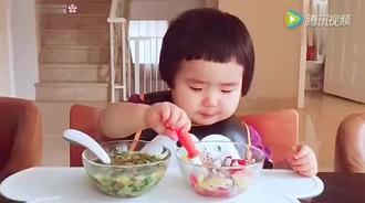 1岁多小姑娘网上直播吃饭火遍网络