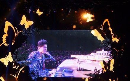 周杰倫Jay Chow - 稻香 / 英國演唱會唱《稻香》「想家嗎」逼哭全場留學生