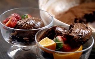 【中文字幕】五种传统巧克力甜点 -Jamie Oliver