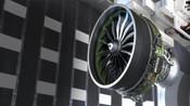 波音真的倒霉 最新款飞机发动机爆出问题首飞推迟至2020年