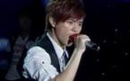 徐嘉苇演唱《眼色》