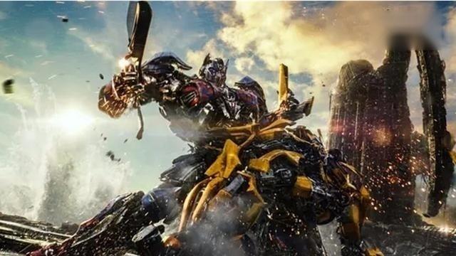 《变形金刚5》上映半天突破2亿,大黄蜂用鸡汤拯救要毁灭地球的擎天柱