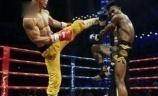 武林风王者一龙再早神话, 击败曾经5秒KO中国选手的伊朗妖刀