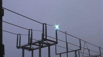 实拍35万伏高压电开闸,电光一闪太奇妙了
