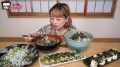 日本大胃王:俄罗斯佐藤自制超过10人份的4种海苔料理 好丰盛