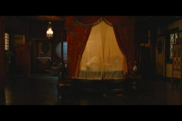 宝强偷看林志玲与范伟上床