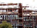 2012年12月19日8点上海四建在闵行沙茂小区沙申新村14-16高空抛物