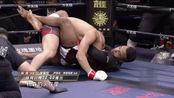 杨森对战巴西柔术高手,被对手骑乘想断头,杨森这一反击太帅了