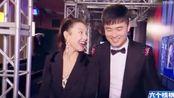 周六夜现场:陈赫担心张雨绮被骚扰怎么办,结果一个不注意被按倒@鼢害了