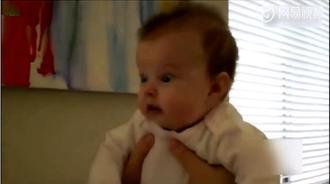 宝宝的小表情,好丰富啊