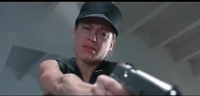 终结者2:詹姆斯卡梅隆导演的经典科幻大片,经典