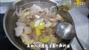 爱吃鸡的快收藏,教您板栗烧鸡最好吃的做法,鸡肉鲜美、板栗香糯-天天美食,美味又健康-中华小当家丨