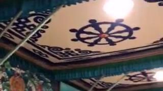 西藏纳木错神湖宾馆大厅内景,浓郁的民族风情