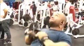Jon De La Rosa的背部训练视频