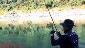 野河钓上一米多长金吉罗,遛鱼就20多分钟,很幸运!