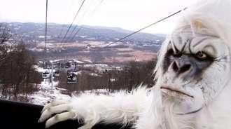 恶作剧:雪山里的恐怖雪人