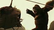 """《金刚:骷髅岛》""""屏住呼吸""""版预告 抖森遭遇史上最大金刚"""