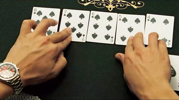 两个赌王单挑 一局扳回一亿一千五百万 皇家赌场这段超精彩