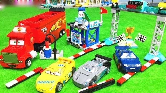 赛车总动员3大电影极速挑战场景积木玩具拼装组合