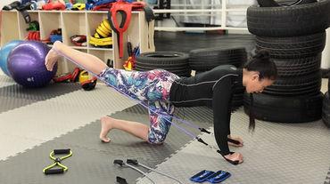 昆仑决美女教练教你减肥,只用几根绳子,秒杀器械!