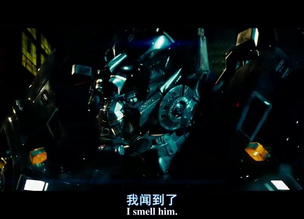 《变形金刚2卷土重来》爆裂动作剪辑,精彩特技震撼人心!