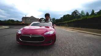 特斯拉S型号兒童版 来赛车吧