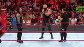 WWE-17年-RAW第1261期:夏季狂潮四重威胁赛敲定!众星拉架三方大混斗-花絮