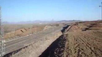 大秦煤运专线两列两万吨列车会车,感慨山西的贡献