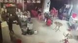 老板娘凌晨卖早点,天还没亮,监控却拍下让她心如刀割的59秒!