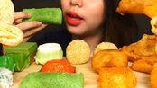 ☆ Michelle Liang Eats ☆|陪吃早餐|印度尼西亚传统小食拼盘第2弹(品名翻译见简介)食音咀嚼音