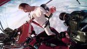 国外极限挑战,无降落伞直接跳入万米高空