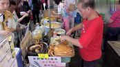 香港这家美食小吃店45一碗 顾客需要排长队才能购买