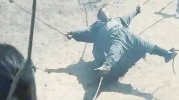 五代第一猛将,与项羽齐名秒杀李元霸,最后却被五牛分尸!