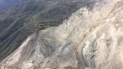 金沙江堰塞湖山体出现新裂缝有二次滑坡隐患 救援工作正在进行中-国内新闻-青蜂侠Bee