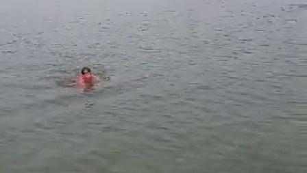 龙腾虎跃冬泳队.mp42