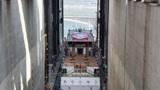 三峡大坝超级电梯,一口气抬升5000辆汽车,网友:世界第一!