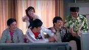陈赫拍戏戴头套自侃发际线上移:秃顶指日可待- 搜狐视频娱乐播报2019年第1季-搜狐视频娱乐播报