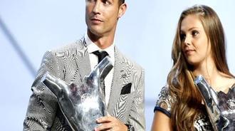 欧足联颁奖:C罗击败梅西当选年度最佳 皇马大赢家
