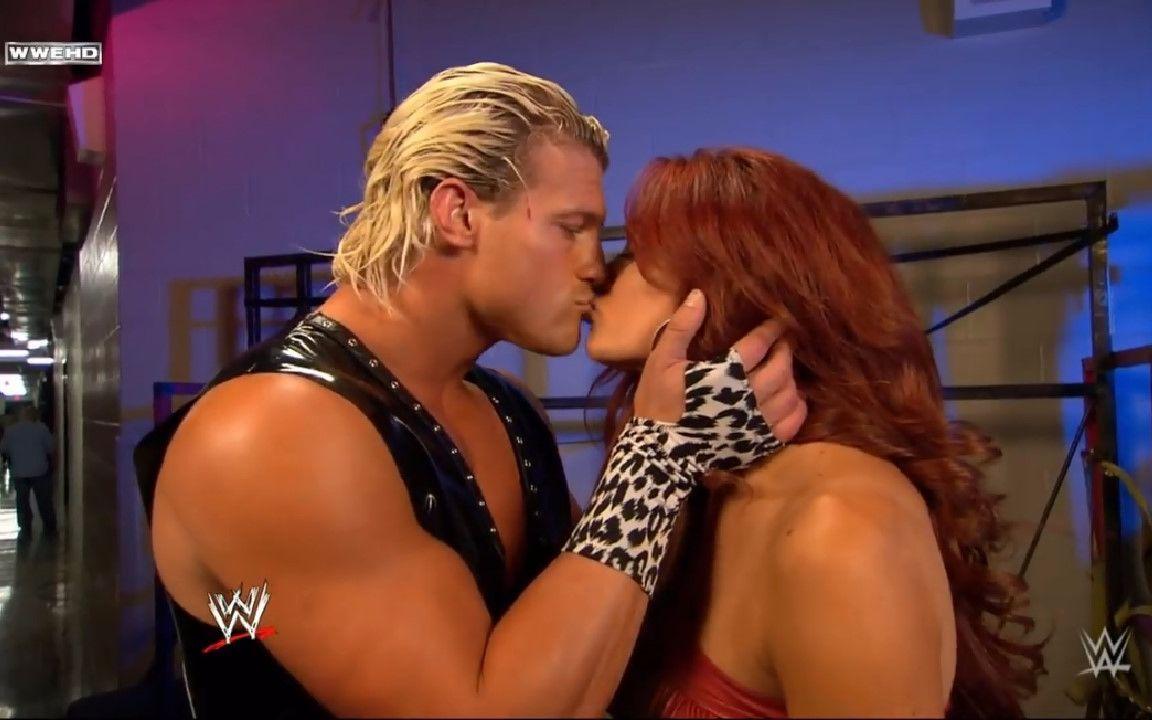 WWE 5 Things 5对几乎粉丝被遗忘的情侣