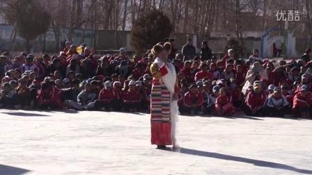 西藏林周中学12·9全校文艺汇演9