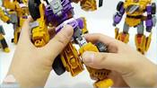 变形金刚_建设装备汽车玩具_黄锦江构造汽车机器人变身玩具卡车玩具【俊和他的玩具们_8