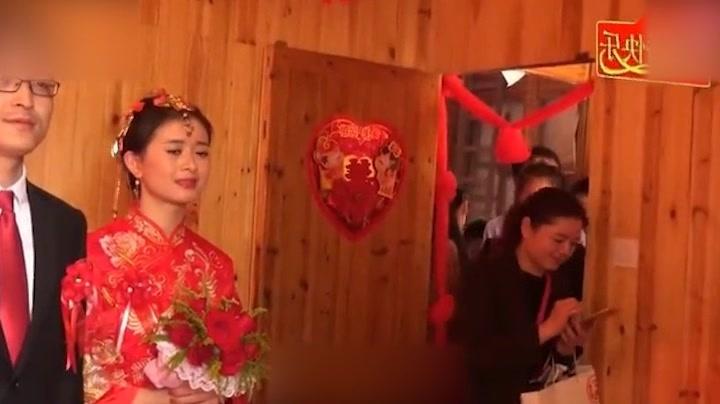 实拍江西景德镇浮梁农村结婚视频:美丽的新娘子!